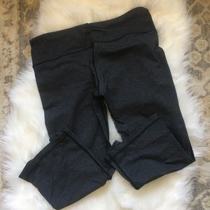 GUC Lululemon Gather and Grow Crops, size 10